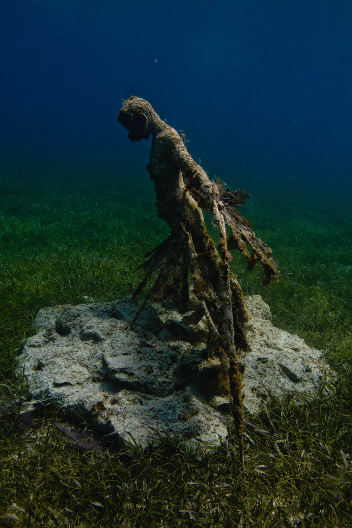 Resurrection-Underwater-Sculpture-Jason-DeCaires-Taylor